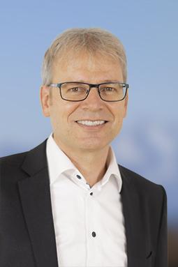 Prof. Dr. med. Jean-Paul Schmid ist seit dem 1. Juli 2021 Chefarzt Kardiologie und Departementsleiter Innere Medizin der Klinik Gais.